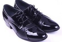 Formal Shoes / Shoes are a key for any style of clothing you wish to wear to the boardroom to the dance-floor..