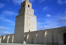 #TUNEZ / Tunez. Destino de cruceristas. en su puerto La Goulette.