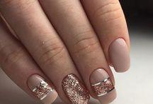 Gold Striping Tape On Nails Ideas/ Gols Strips Nails/ Złote paski na paznokciach hybrydowych