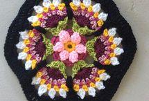 Coperta fiori di pentagoni uncinetto