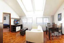 Langfristige Vermietung / Albertov Rental Apartments –das ist mehr als nur Mietwohnungen in Prag. Alle Wohnungen sind nach Maß in modernem Design vollmöbliert. Das Areal bietet Ihnen ebenso ein Einkaufszentrum mit Bank, Supermarkt, Metzger, Kiosk, Blumengeschäft, Optiker und einem Restaurant - alles trockenen Fußes über die Tiefgarage erreichbar. Wohnungen zu langfristiger Miete von min. 6 Monate. http://www.mietwohnungen-prag.de/wohnungen-miete-prag/