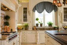 Beautiful kitchens to store you salt and peppers!