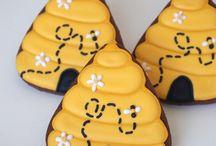 cookies & cupcakes / by Teresa Arnold