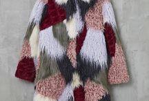 Fluffy Coat / ¡Viva el look peludo y vivan los excesos!