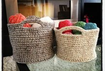 Crochet - containers, baskets, bowls / Patterns for all kinds of diy crochet containers: small, large, hanging, stacking! Anything you can think of!