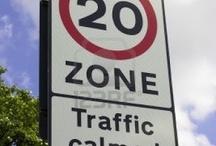 Señales / Señales de tráfico oficiales o propuestas y otros iconos.