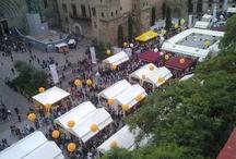 Mercat de Mercats 2011 / La fira Mercat de Mercats és un esdeveniment que apropa a la ciutadania els 39 mercats de la ciutat de Barcelona i els seus productes de qualitat, el món dels sumiliers i la restauració; sota un gran espai atractiu i festiu, composat per diverses parades, on destacarà la varietat de productes catalans.