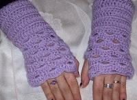 Crochet mittens/gloves