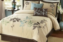 Ideas for bedroom makeover / by Candace Barnthouse Spaur