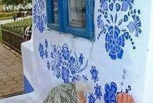Blue flowers / Chinese/ Japanese old lady painting detailed blue flowers
