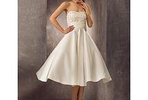 Esküvő / Esküvői ruhák