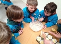 Scouts Indoor activities / Some great choices of activities to do with young people.