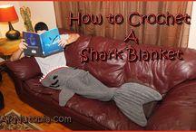 maken haai voetenzak op bank