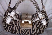 GUESS Zebra Twill 3