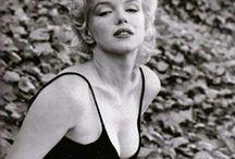 """Marilyn Monroe """" Mythe américain """" / Actrice américaine à la vie mouvementée."""