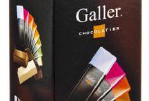Chocolats Galler / Chaque chocolat est composé uniquement d'ingrédients nobles et naturels. Aux pistaches fraîches, aux noisettes ou encore à la vanille naturelle, chaque chocolat Galler est un produit gastronomique unique qui réunit force et douceur. www.chockies.net
