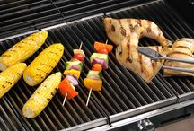 Grill-a-Palooza / Looking to buy a new gas grill? You've come to the right place. Whether you are a first-time buyer, or a seasoned grill master looking to replace your current grill, there's a gas grill to fit every cooking style and budget.