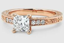 Wedding Rings / Find great sparkle and shine here as we show off beautiful engagement and wedding rings.