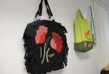 Laukku, hattu, kenkä / Viriketoiminnanohjaajien tekemiä oppilastöitä