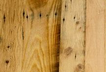Antique Reclaimed Oak Engineered / When a full three quarter will not work for your application our antique reclaimed oak engineered will fit the bill. A mix of our remilled and distressed grade you get a rustic touch to your interior.