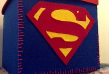 Sonnyfrog / Scatola con logo di Superman