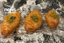 Şerbetli Tatlılar / Tamamı denenmiş ve fotoğraflanmış olan ekonomik, pratik ve evde kolayca hazırlayabileceğiniz en lezzetli şerbetli tatlı tarifleri burada!  Şekerpare, Kıbrıs Tatlısı, Revani, Kemalpaşa Tatlısı, Lokma Tatlısı tarifleri ve daha fazlası Nefis Yemek Tarifleri'nde.