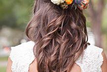 Bohemian wedding hairstyles / #bridal #hair #hairstyle #bohemian #romantic