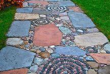Garden: Hardscapes / Various garden hardscape elements