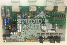 Liebherr - serwis elektroniki maszyn budowlanych / Naprawa sterowników silnika, płyt rozdzielczych, kaset oraz liczników i paneli w maszynach budowlanych Liebherr