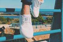 S&B x WAU brand. / Photo shooting realizado por S&B para WAU brand, la marca de sneakers española con estilo streetwear que está arrasando.  - Fotografía: Miriam Guillén  - Modelo: Víctor Guindo - Localización: La Manga del Mar Menor. #SneakersMagazine