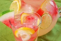 Refreshing and Fun Drinks / Thirsty anyone? / by Rachael Aulner