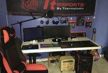 Tt eSPORTS Gaming Station