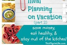 Healthy Travel Meals & Tips / Learn what to eat when traveling so you don't put on 10 pounds and get depressed. Use our Travel Planner to keep yourself eating healthy and plan fun meals when you're away from home. meal planner, food diary, food log, weight tracker, meal rotation diet, food allergies, notebook, and more. www.etsy.com/shop/marketsofsunshine