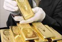 Gold / Spectacular pieces of gold. From bullion to jewelry.