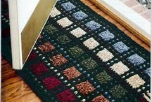 Crochet: rugs and baskets
