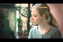Caballo de Fuego / Matilde Martínez (Amanda Seyfried) y Eliah Al Saud (Gabriel Garko). Protagonistas de la novela Caballo de Fuego de Florencia Bonelli