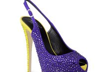 Plus Size Footwear / A collection of plus size footwear featured in www.stylishdressing.com