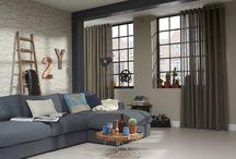 Woonkamer / De woonkamer is dé ruimte in huis waar u samenkomt met vrienden en familie, of juist even een moment voor uzelf hebt. Hier zijn natuurlijk mooie, comfortabele meubels voor nodig.