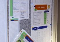 Command Centers {Home Organization} / Command centers, message centers, mail organizing, landing pad and launch zones, organize your time, your information and have what you need whenever you leave the house.  Great place for family calendars and keeping important school papers or action items.