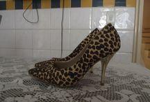 Customização  / customização em roupas e sapatos