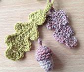Crochet Flowers + Appliques