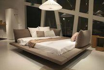 FURNITURE: Beds