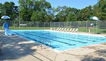 OAKVILLE POOLS to ENJOY! / Enjoy some of Oakville's outdoor & indoor pools this summer!
