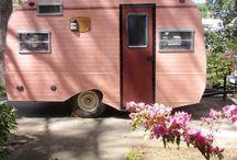 Caravans and Campers / Happy, cosy caravans and campers