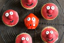 Bake sales / A great way to raise funds and create smiles is a charity bake sale. This collection will give you all the inspiration that you need. #bakesale #bake #sale