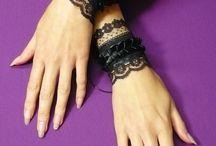 Готические браслеты