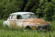 Abandoned Cars / Cars that very sadly,were abandoned,and are now rusting in peace.