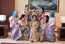 BRIDESMAID on duty / #bridesmaid #kebaya