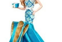 Barbie Dolls / by Lilian Alves