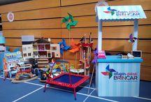 Tenda-expositor / Presença do Alugar para Brincar em feiras dedicadas às crianças.